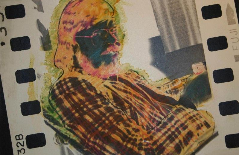 Tilraun með handmálaða ljósmynd. Experiment with a hand-painted photograph.
