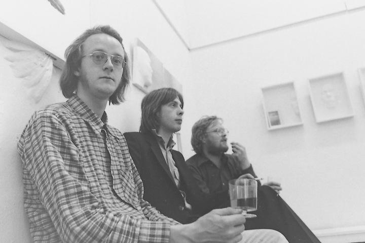 Mynd frá opnuninni; Tumi Magnússon, Þórður Jakobsson og Daði. Photo from the opening; Tumi Magnússon, Þórður Jakopsson and Dadi.